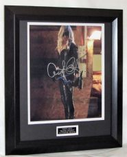 "A123CLA CAITY LOTZ - ""ARROW"" SIGNED"